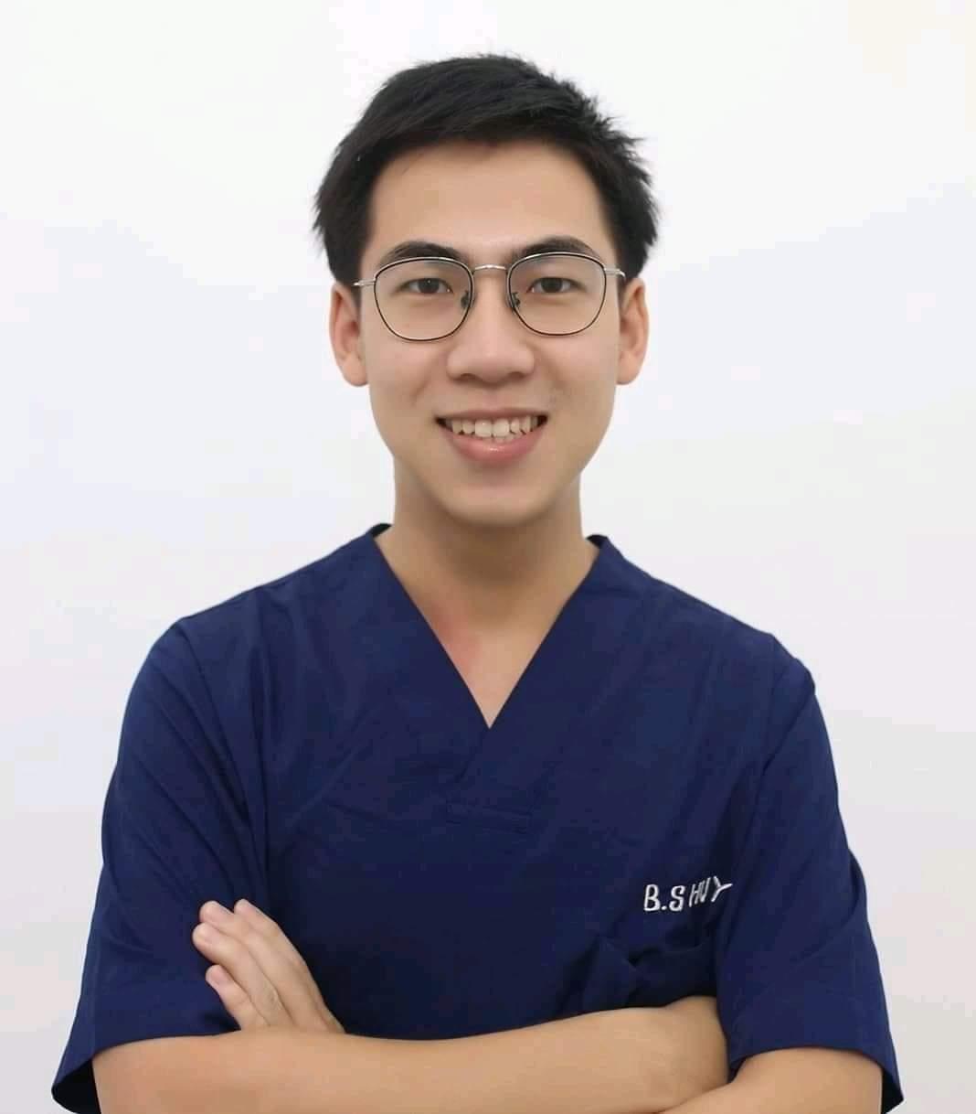 Bs Trương Hoàng Huy